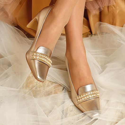 CHAUSSURES EMBELLIES