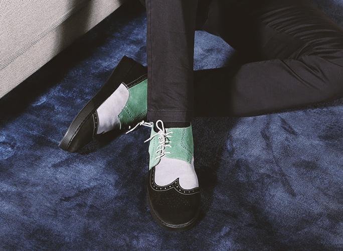 A-symmetrt shoes