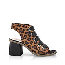 Sandals 9